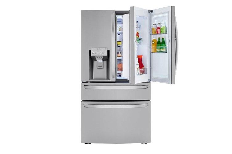 refrigerator-must-have-in-their-kitchen